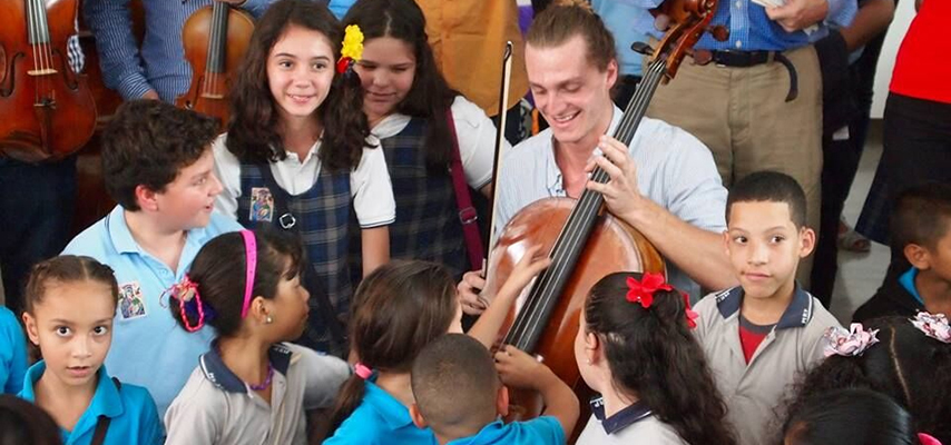 Learning about the cello with young artist, Timothée Berte Renou (France)