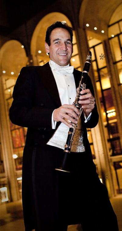 mark nuccio clarinet player with the icopr