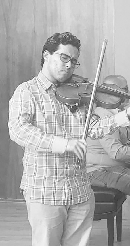 boinael oms violin player for the icopr